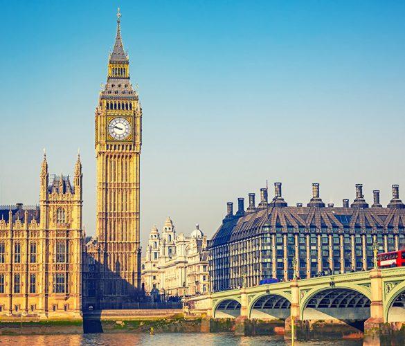 El Reino Unido se queda sin vuelos