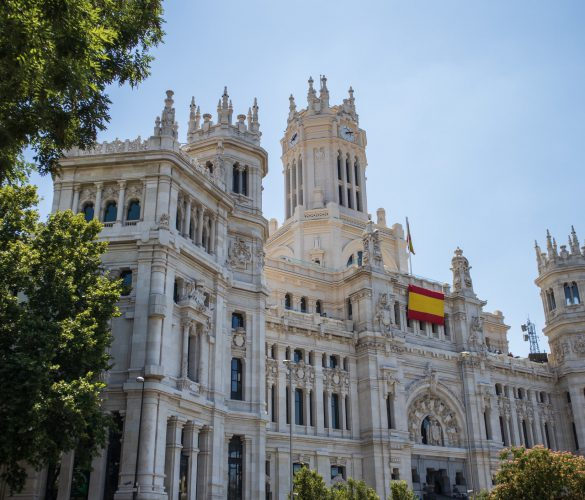 Qué países pueden visitar los españoles de forma segura
