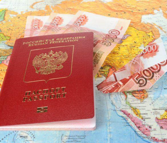Empresas rusas ofrecen viajes para vacunarse en el extranjero